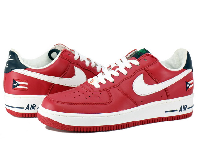 NIKE AIR FORCE 1 LOWの商品画像-1