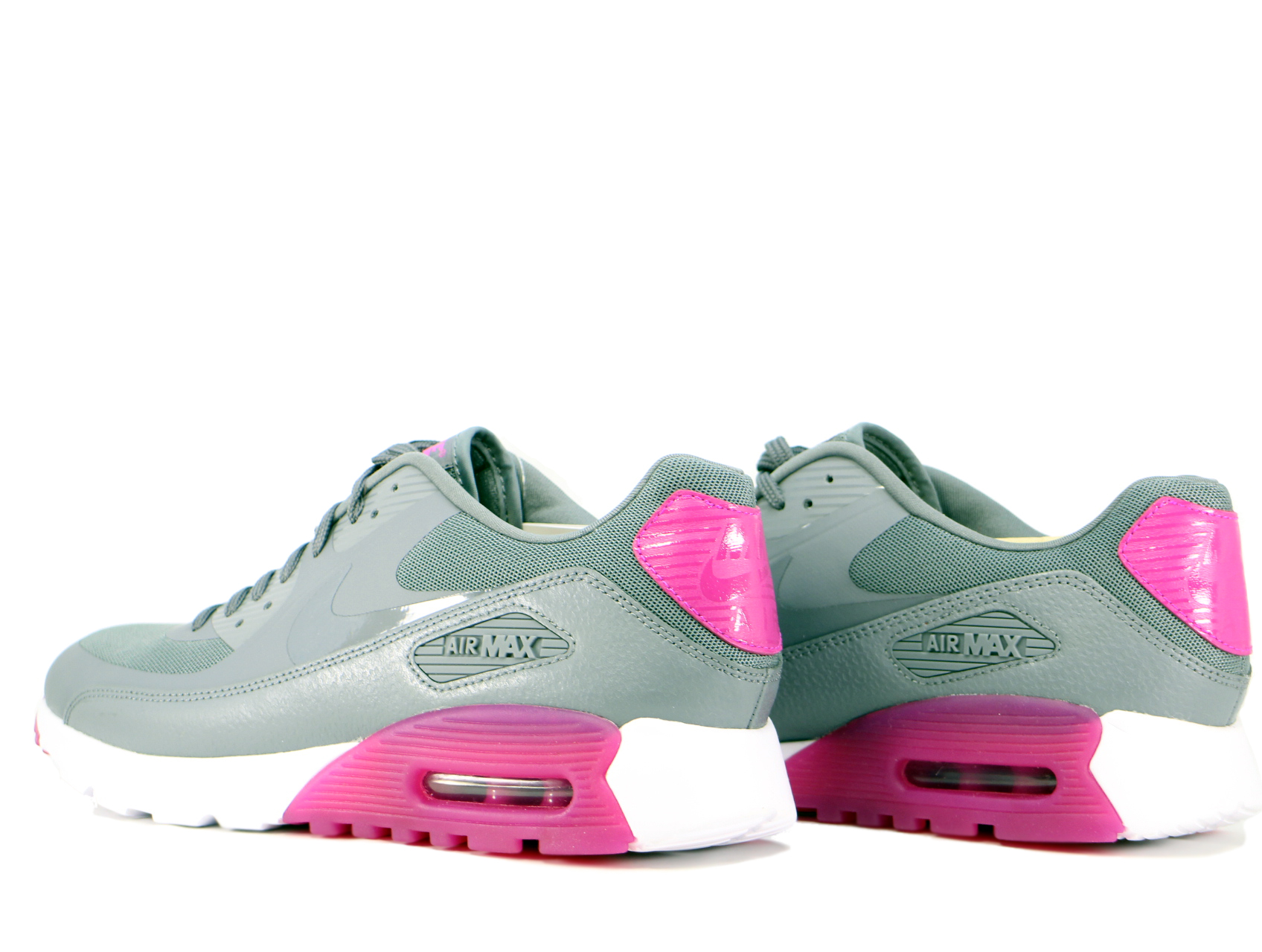 WMNS AIR MAX 90 ULTRA ESSENTIALの商品画像-2