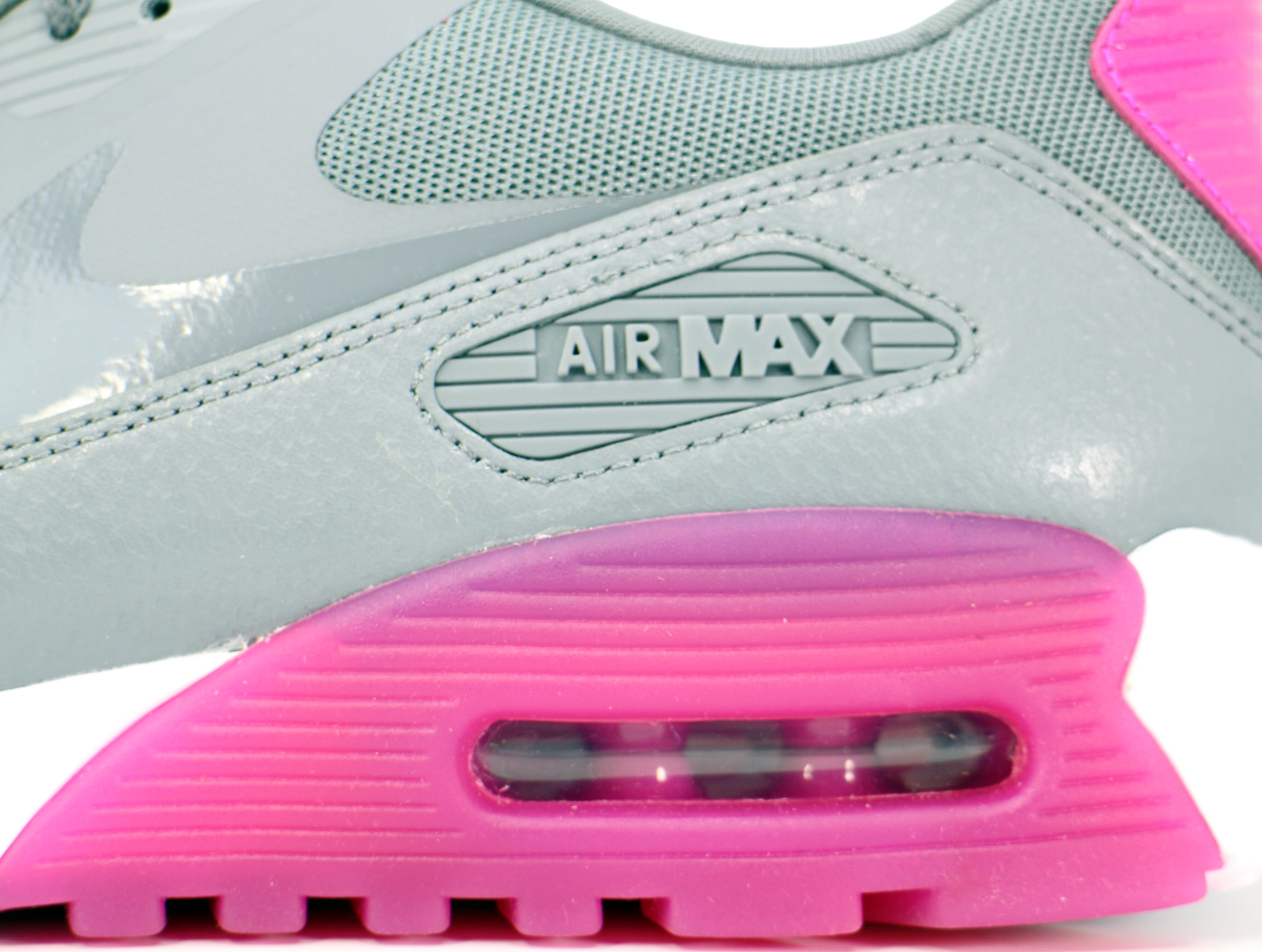 WMNS AIR MAX 90 ULTRA ESSENTIALの商品画像-5