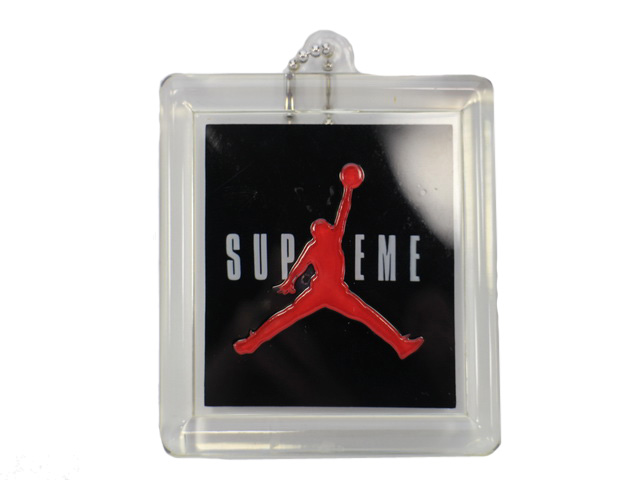 AIR JORDAN 5 RETRO SUPREMEの商品画像-9