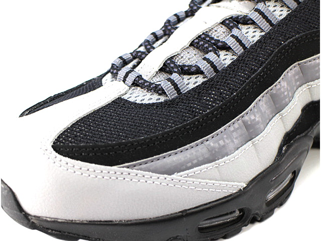 AIR MAX 95 ESSENTIALの商品画像-5