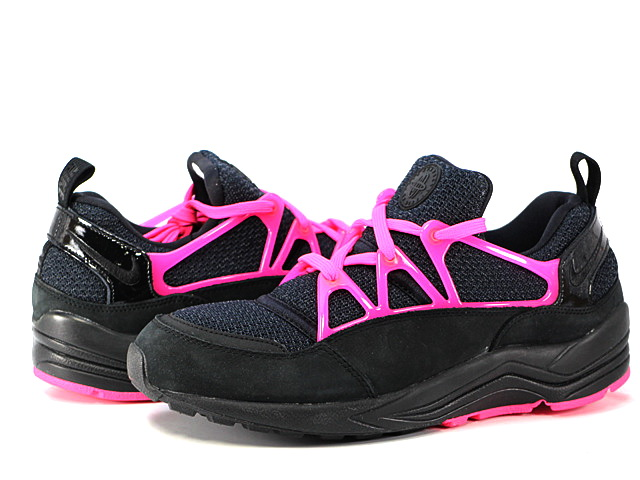 AIR HUARACHE LIGHT FCの商品画像-1