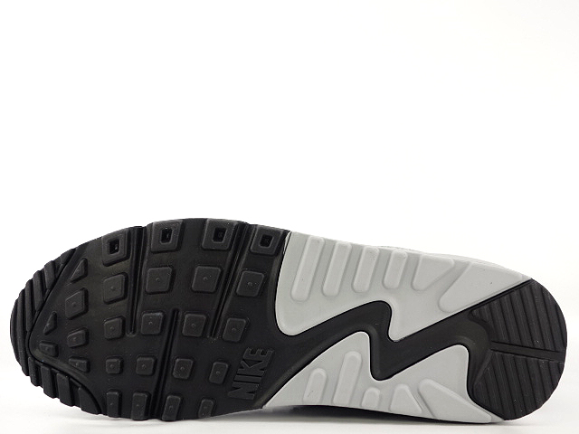 WMNS AIR MAX 90 ESSENTIALの商品画像-4