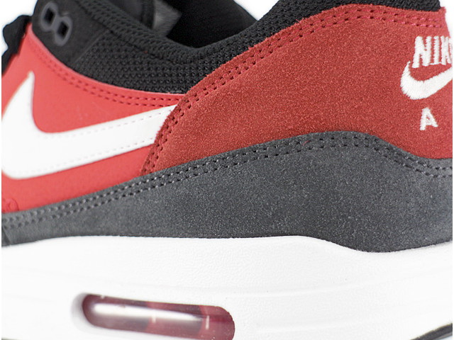 AIR MAX 1 ESSENTIALの商品画像-5