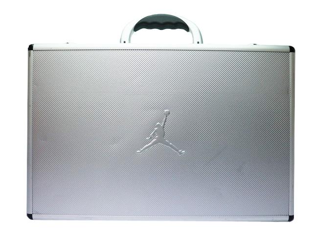AIR JORDAN 1 RETRO HIGH SILVERの商品画像-7