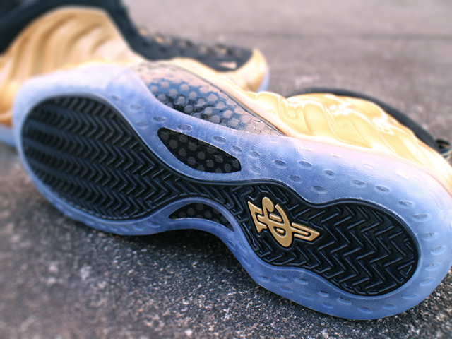 "NIKE AIR FOAMPOSITE ONE ""METALLIC GOLD""01"